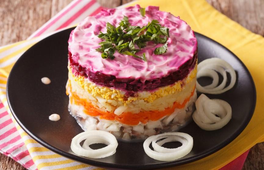 Селедка под шубой: как сделать салат тающим во рту – секреты приготовления