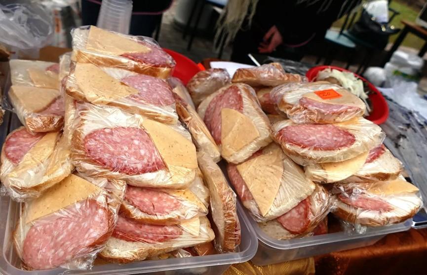 На голландской таможне у британских водителей изъяли бутерброды