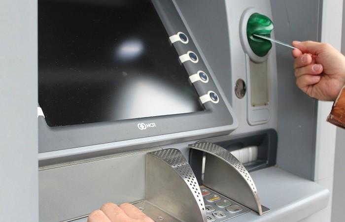 Мошенники придумали новый способ хищения с помощью банковских карт