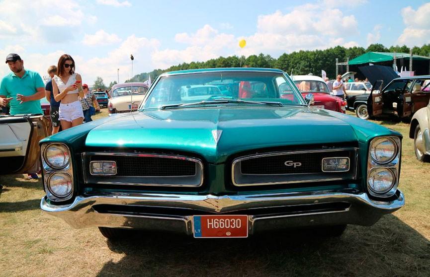 На фестивале SunDay в Гродно покажут более полутысячи редких авто