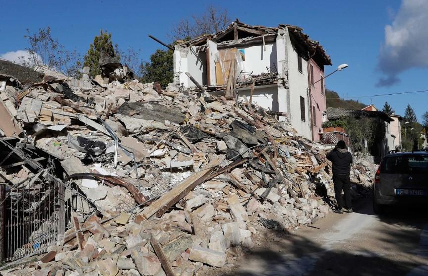 Землетрясения в Албании повредили сотню зданий