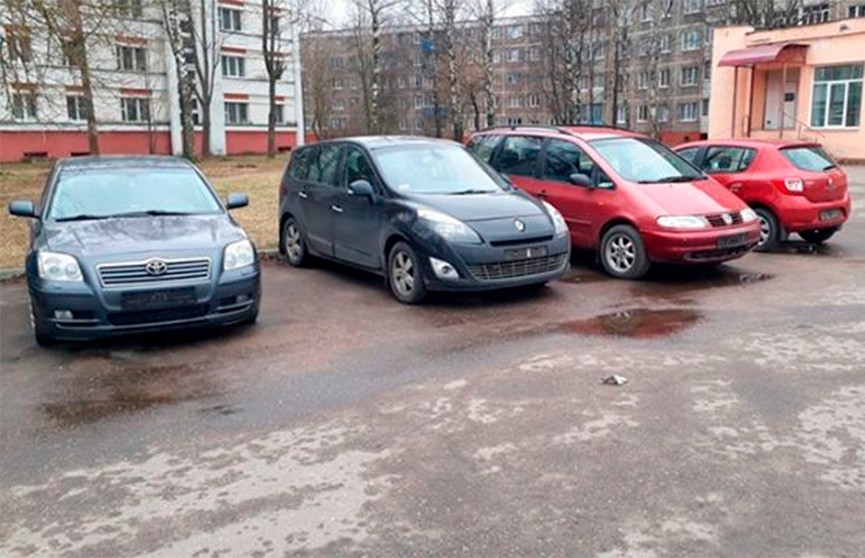 За ночь в Полоцке сняли номера с пяти автомобилей