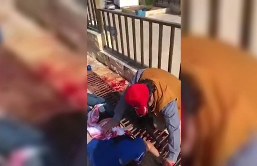 В Иордании неизвестный набросился с ножом на туристов