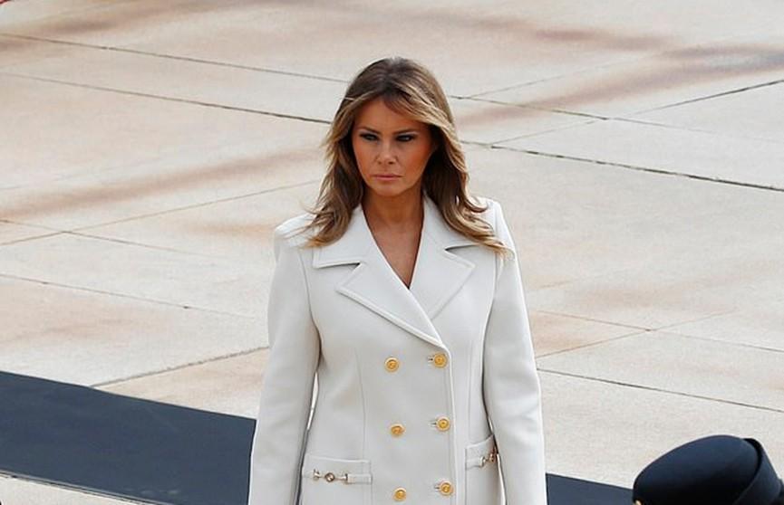 Мелания Трамп в белом пальто Gucci за $3500 восхитила поклонников