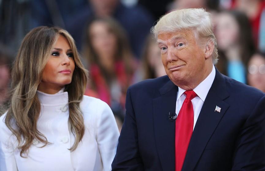 «Ко мне!»: обращение Трампа с женой поразило пользователей Сети (ВИДЕО)