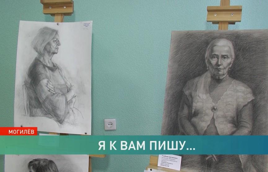 Известный художник Никас Сафронов побывал в Могилёве