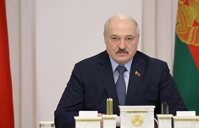 Лукашенко о фейках в интернете: 99,8% – это вранье. Мерзавцы! У них святого ничего нет