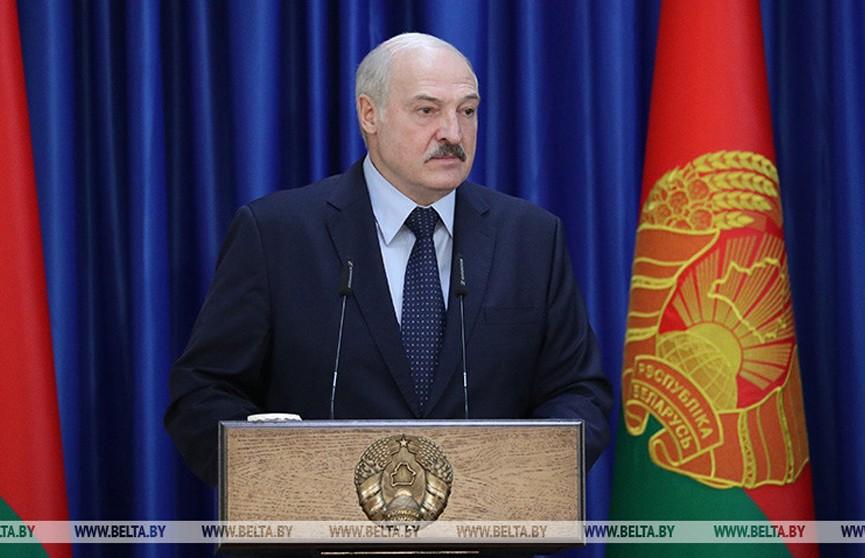 Лукашенко о мерах в отношении COVID-19: если бы остановились, мы бы никогда не восстановили нашу экономику