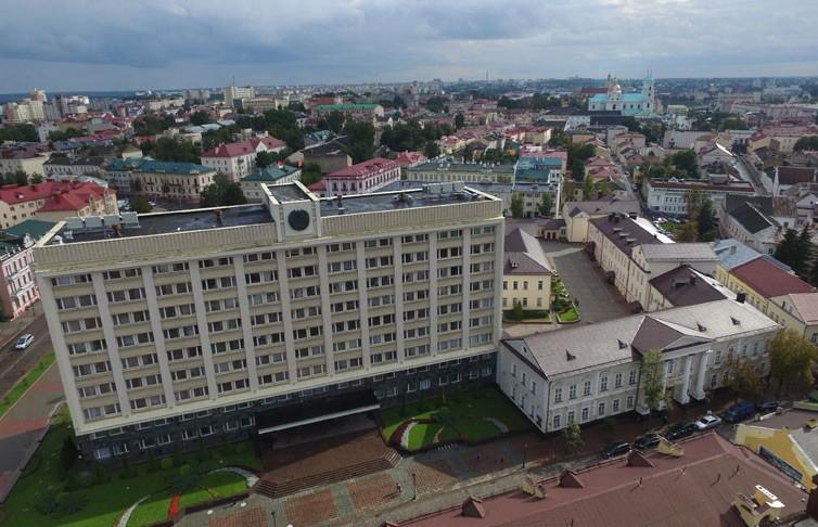 Лукашенко: Чем быстрее откроется мир после коронавируса, тем лучше будет для Беларуси