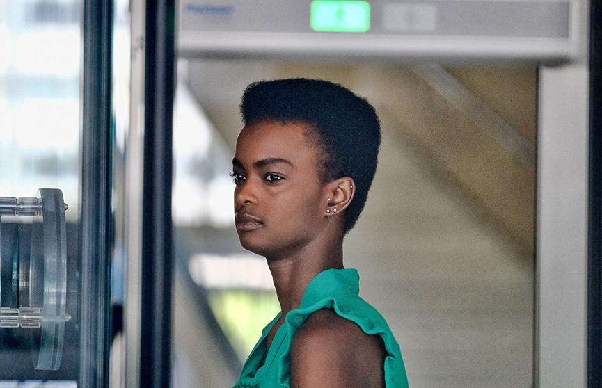 Финалистка конкурса «Мисс Австралия» получила срок за пощёчину стюардессе