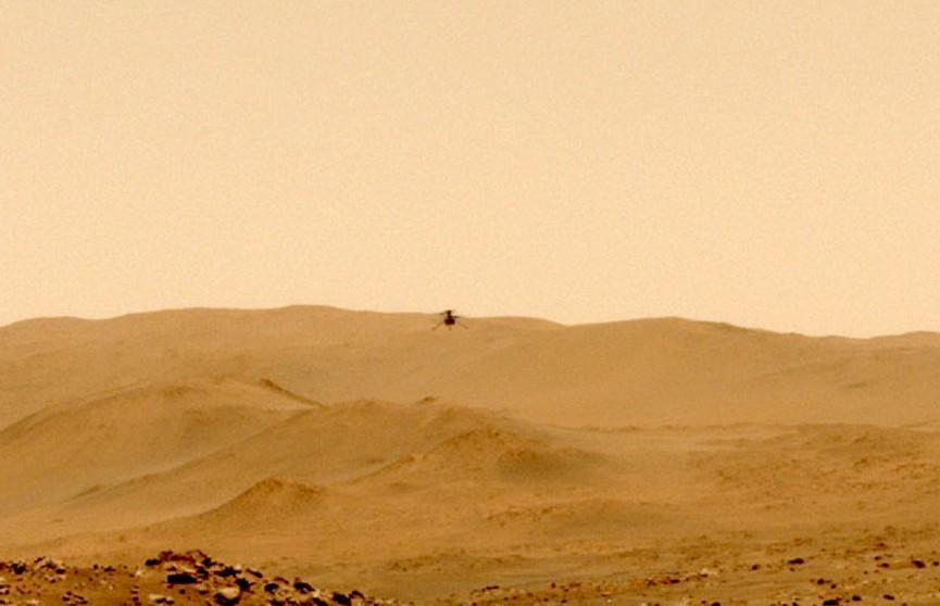 Вертолет Ingenuity на Марсе впервые переместился на новое место