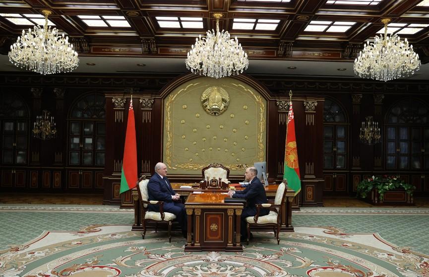 Александр Лукашенко заявил о необходимости перестроить работу Совета безопасности