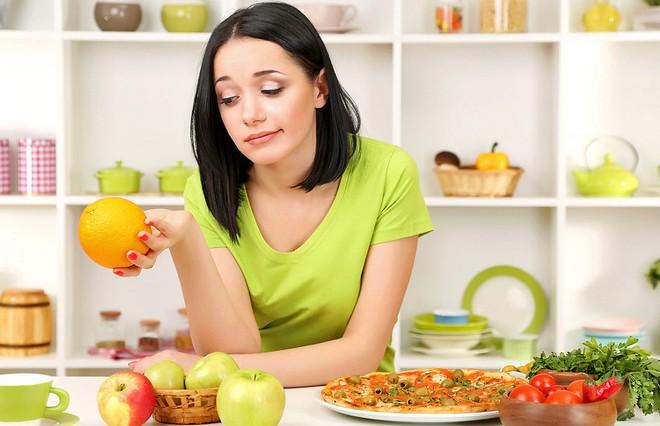 Предновогодняя диета: в чем ее опасность? Объясняет врач