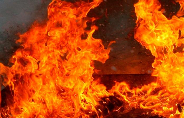 11 человек спасли сотрудники МЧС на пожаре в Новополоцке