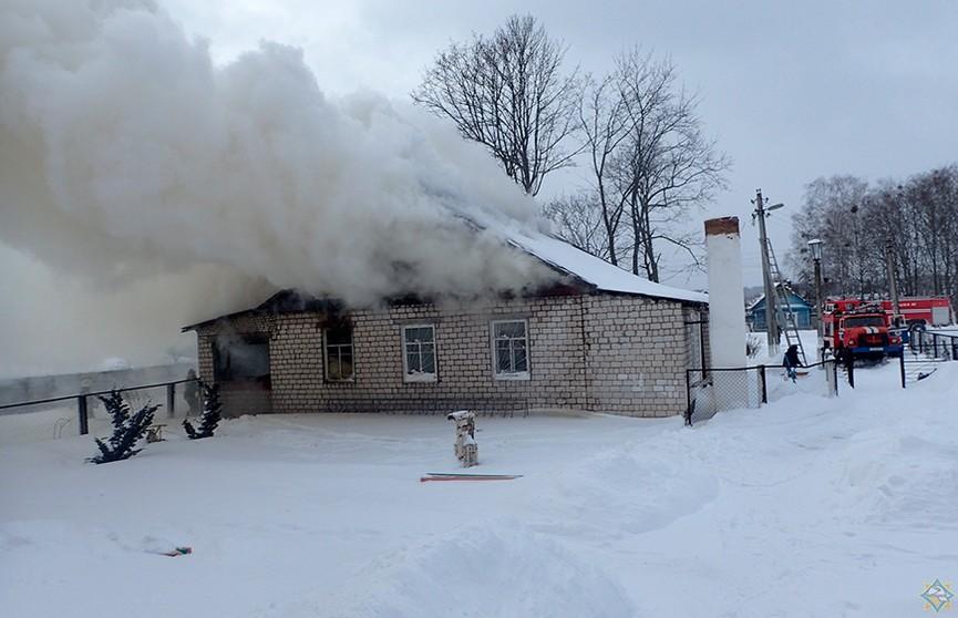 В сельской библиотеке Гомельского района произошел пожар