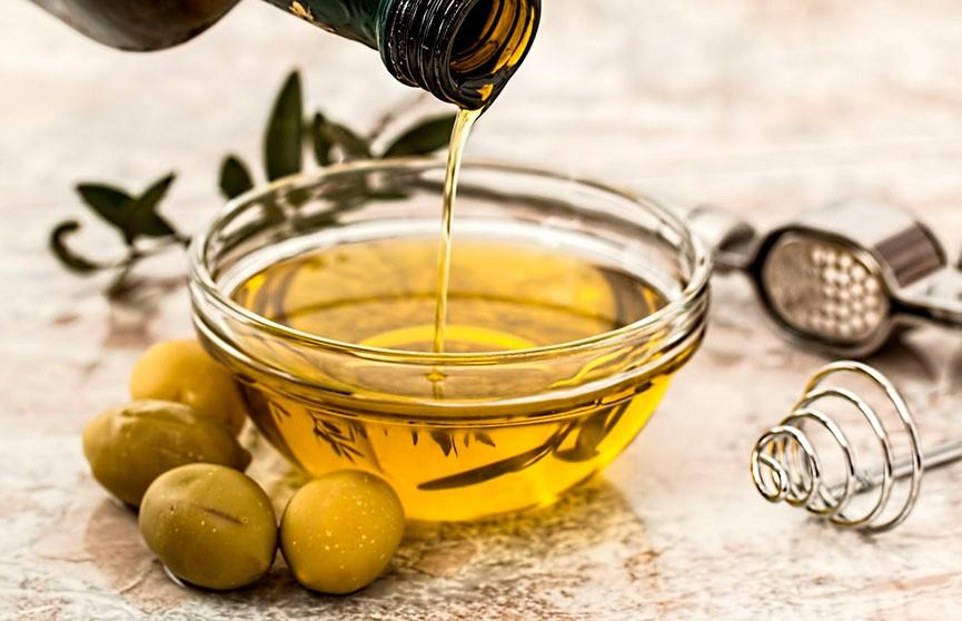 Какое масло выбрать для жарки, рассказала диетолог