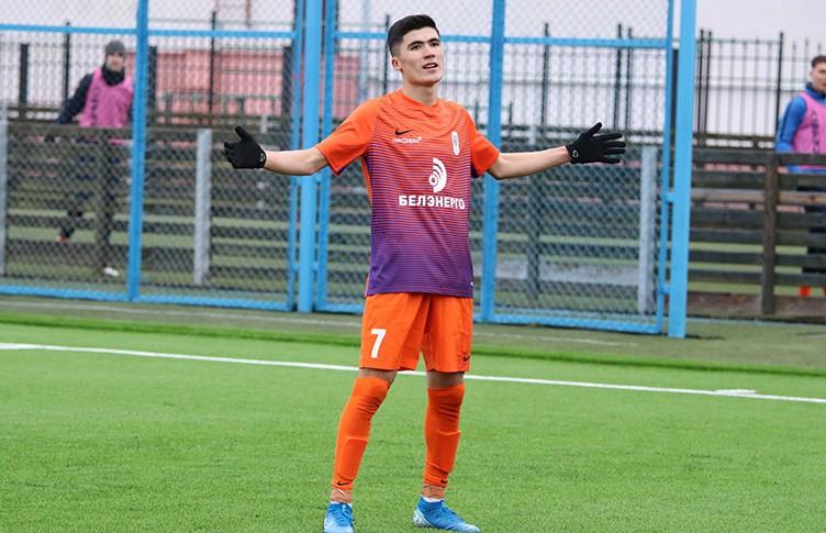 Чемпионат Беларуси по футболу: Джасурбек Яхшибоев покинул «Энергетик-БГУ» и стал игроком солигорского «Шахтёра»
