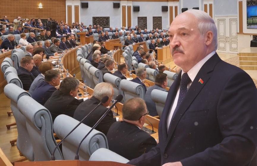 Какой быть Беларуси? Встреча во Дворце Независимости – о политике, войне, санкциях, вакцинации и о том, когда будет референдум