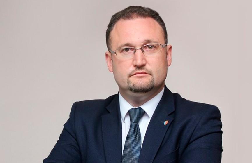Председателя Солигорского райисполкома задержали за превышение служебных полномочий и взятки - МВД