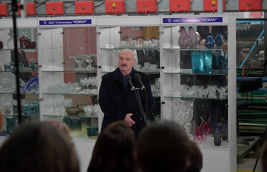 Лукашенко: Это бардак, что происходит у соседей! Не разобравшись, начинают закрывать!