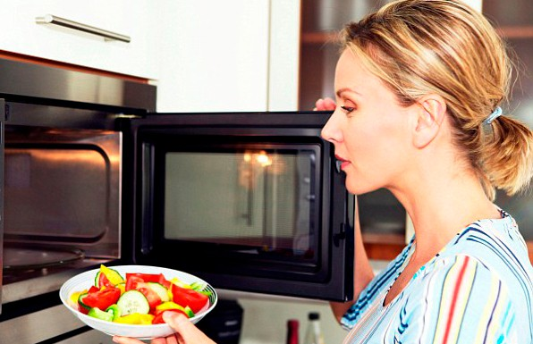 Учёные развеяли мифы о вреде микроволновых печей