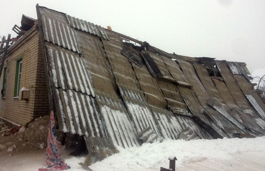 Семья из четырёх человек в Горках осталась без крыши над головой