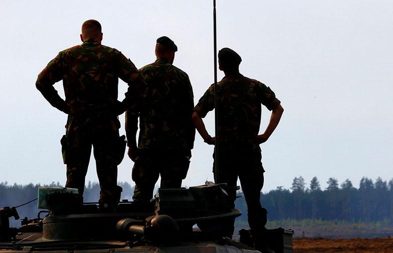 Алексей Дзермант: Вбросы делают, успокаивают, убаюкивают, но фактически – военные приготовления