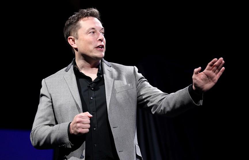 Из-за снижения стоимости биткоина Илон Маск потерял 15 миллиардов долларов и опустился на третью строчку в списке Forbes
