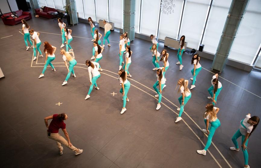 «Мисс Беларусь»: посмотрите, как девушки готовились к финалу главного конкурса красоты!
