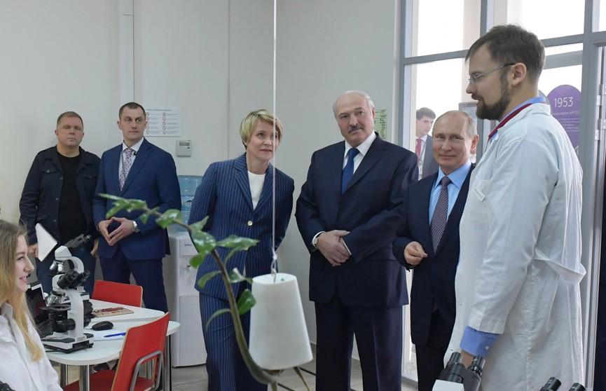 Налоговый манёвр не обсуждали, а суверенитет – это святое. О чём договорились Лукашенко и Путин в Сочи?