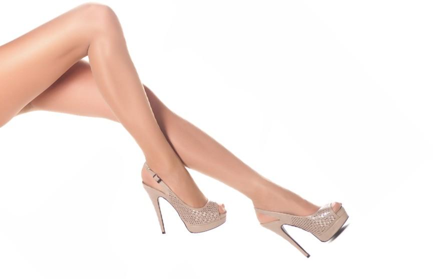 Ноги от ушей: три пары обуви, которые заметно удлинят ваши ноги