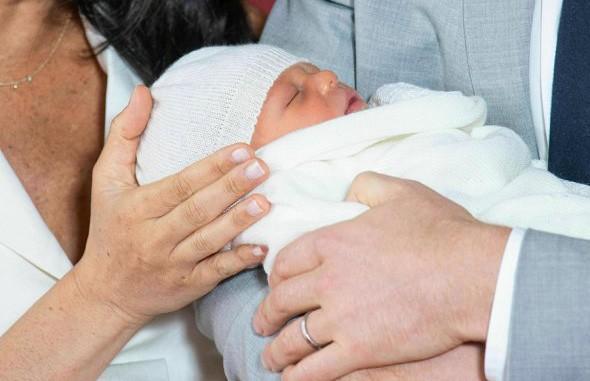 Имя выбрано. Принц Гарри и Меган Маркл объявили имя своего сына