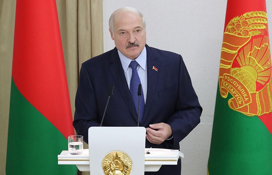 Лукашенко – студентам и преподавателям Академии управления при Президенте: Вы должны быть вне конкуренции