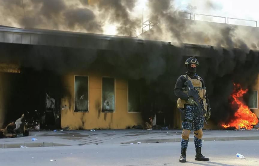 Две ракеты упали в «зеленой зоне» в Багдаде