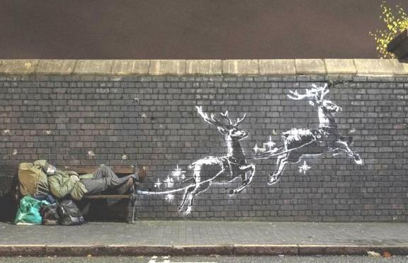 Полет бездомного Санты: Бэнкси нарисовал рождественское граффити в Бирмингеме