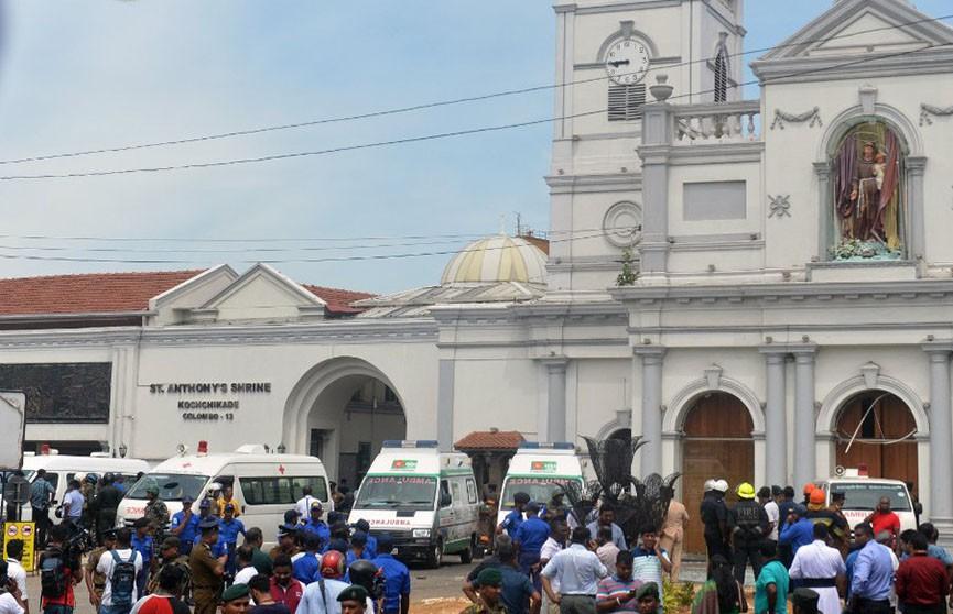 Шесть взрывов произошли в отелях и церквях на Шри-Ланке: более 160 погибших