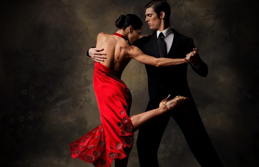 Pole dance, Latino Solo и хип-хоп: танцы, которые наиболее эффективны при похудении