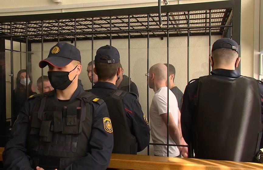 Павел Северинец и другие фигуранты дела о подготовке массовых беспорядков получили до 7 лет колонии