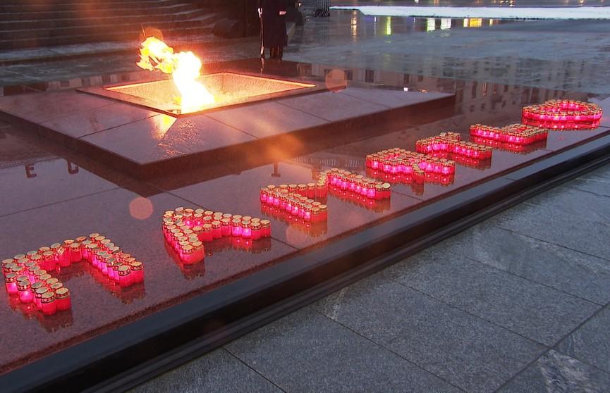 Патриотический проект «Память сердца» завершился у столичного обелиска на Площади Победы