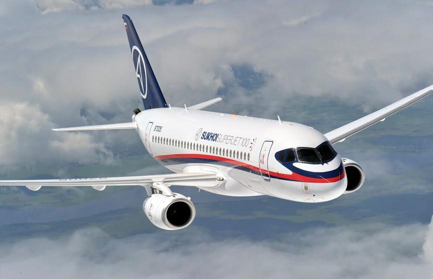 Самолёт Sukhoi Superjet 100 «Аэрофлота» прервал взлёт из-за отказа гидросистемы