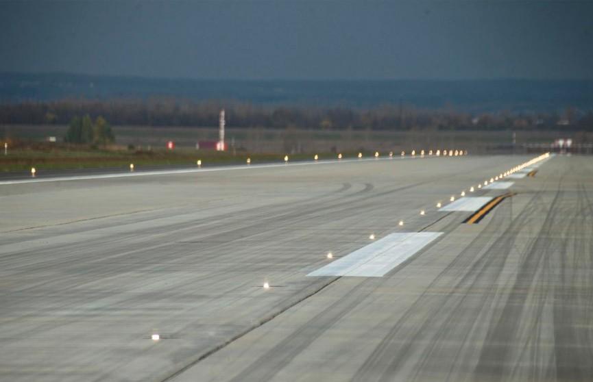 Два самолёта столкнулись в аэропорту Токио
