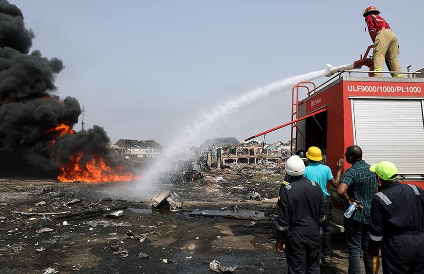 Количество жертв взрыва на нефтепроводе в Нигерии выросло до 17 человек