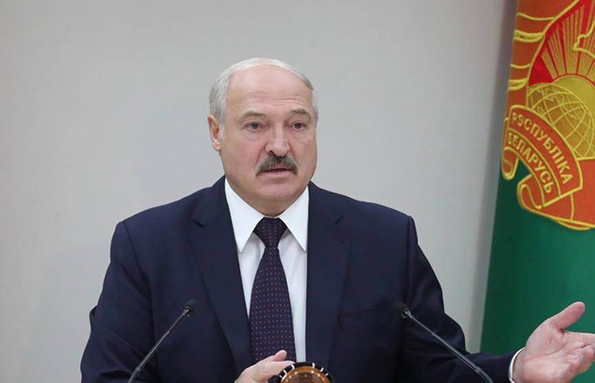 Александр Лукашенко рассказал о проблемах образования