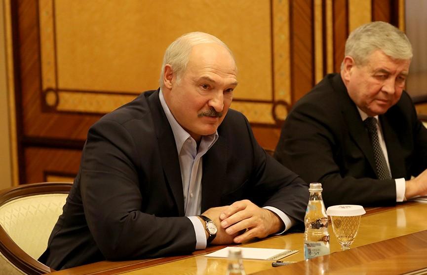 Переговоры, хоккей и снова переговоры. Встреча Лукашенко и Путина  в Сочи продолжается в расширенном составе