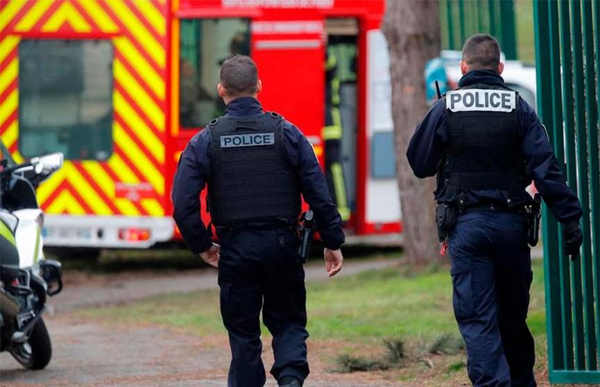 Во Франции пойман мигрант, убивший двух человек в пригороде Парижа