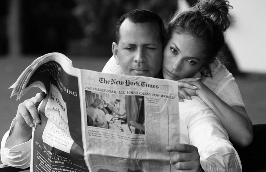 «Важно обнять тех, кого любите»: Дженнифер Лопес поделилась нежными фото с Алексом Родригесом