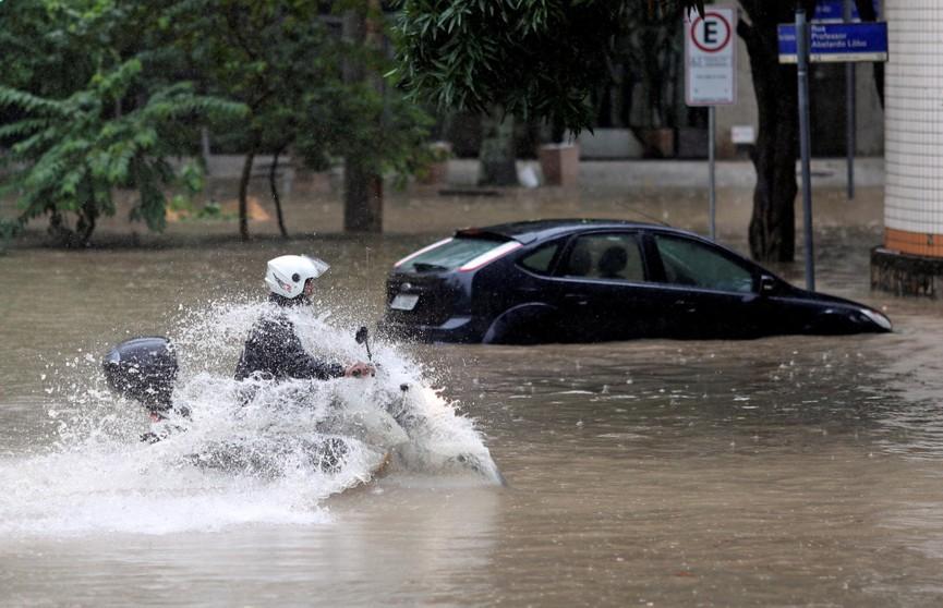 Сильные ливни в Бразилии унесли жизни 47 человек