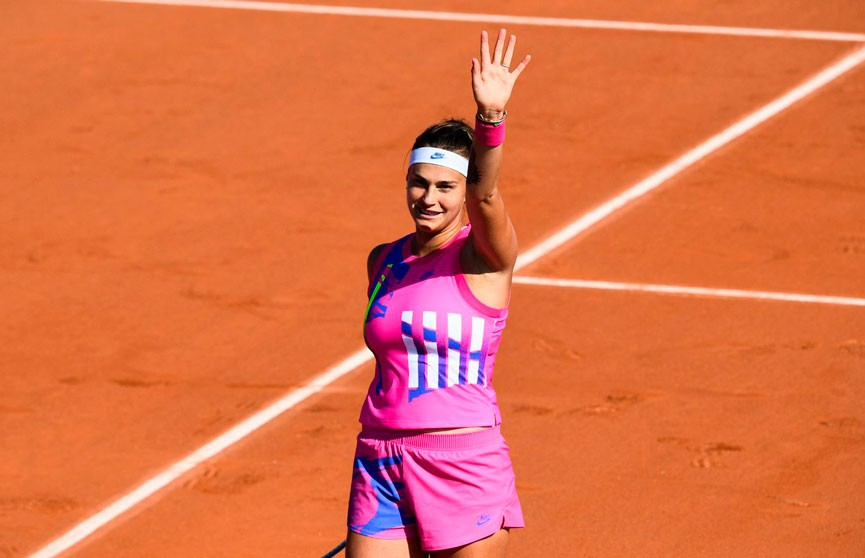 Арина Соболенко сыграет с Ализе Корне в 1/16-й финала турнира в Дубае
