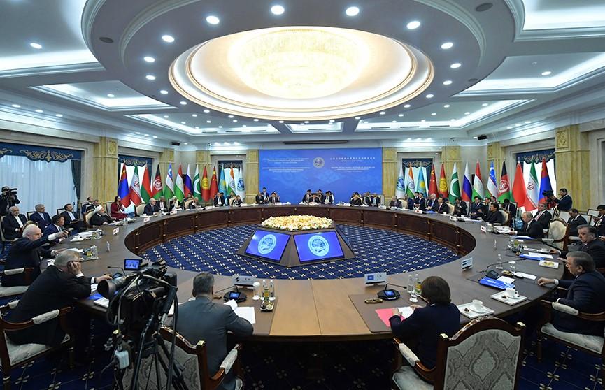 Александр Лукашенко на саммите в Бишкеке: Система глобальной безопасности трещит по швам