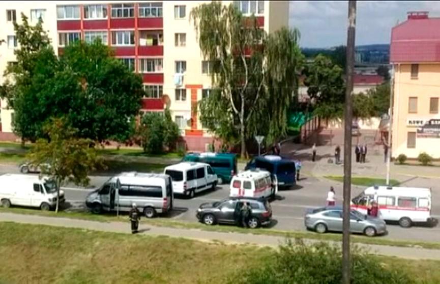 Операция по освобождению заложницы в Заславле завершена